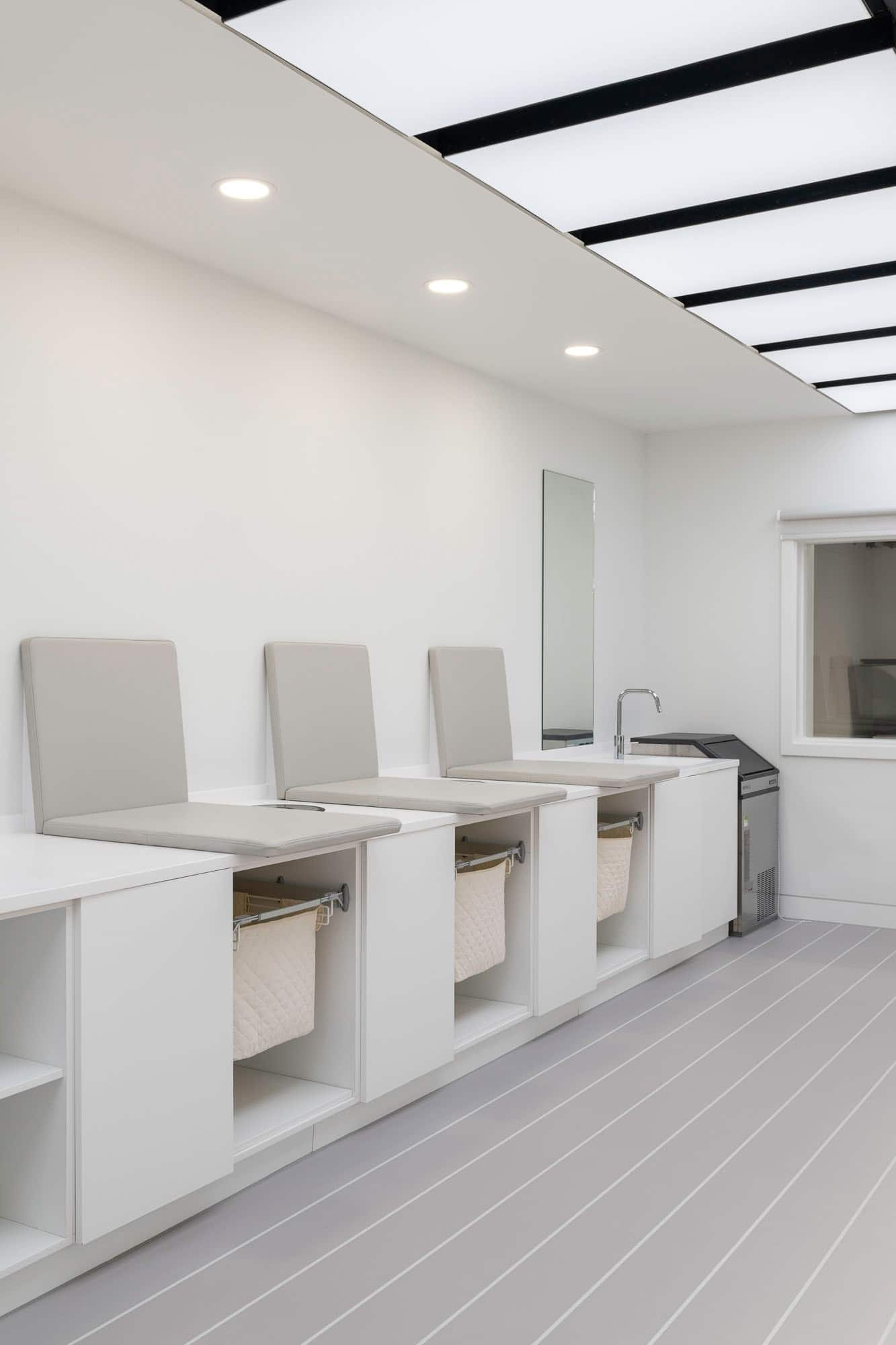 https://wooarchitects.com/wp-content/uploads/2020/07/Wembley-Changing-Rooms-photo-by-Tom-Bird-27-web.jpg